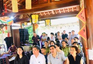 Giới thiệu sản phẩm bền vững được các làng nghề sản xuất và khai thác từ lâm sản phụ